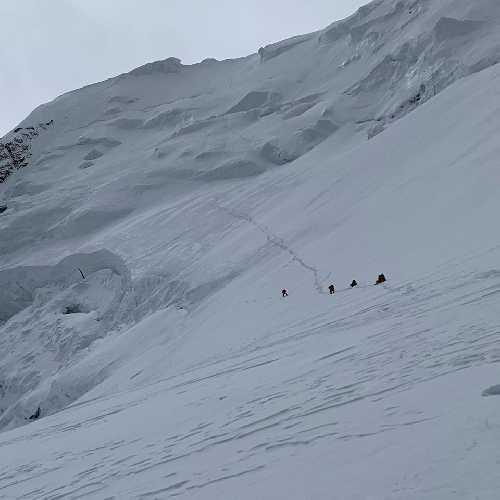 Новый маршрут на вершину Шишабангма (Shishapangma 8013 м). 29 октября 2019 года. Фото Нирмал Пуржа (Nirmal Purja)