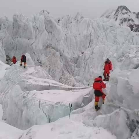 Заброска на 5600 метров на К2. Фото John Snorri Sigurjónsson