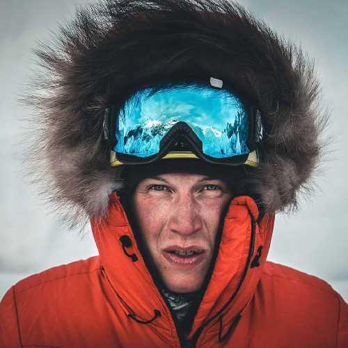 Йошт Кобуш (Jost Kobusch) в базовом лагере Эвереста. Фото Daniel Hug