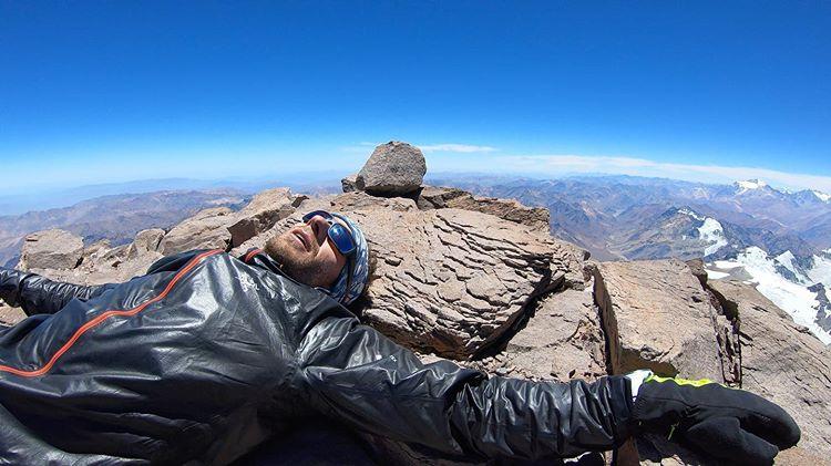 Мартин Згорж (Martin Zhor) на вершине Аконкагуа