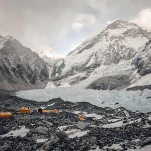 Зимний Эверест Йошта Кобуша: маршрут поврежден