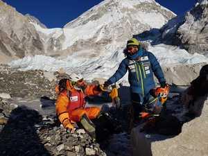Зимняя экспедиция на Эверест Алекса Тикона: авария на ледопаде Кхумбу