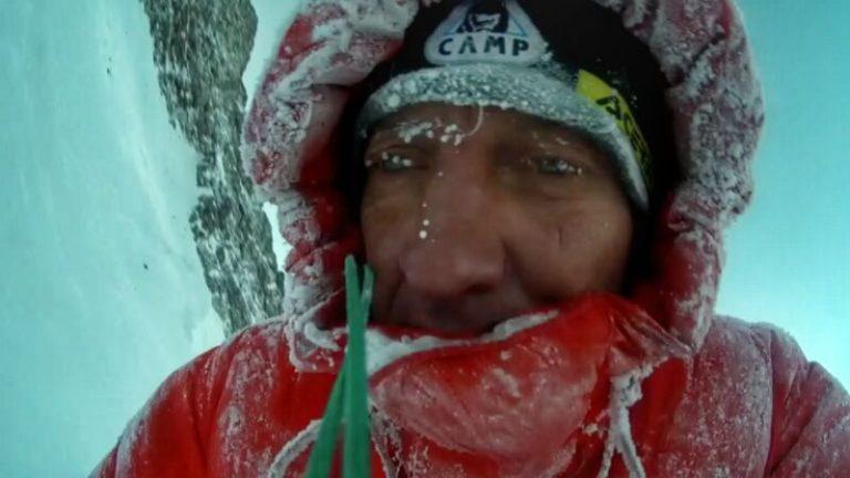 Денис Урубко в восхождении на отметку 7650 метров на Броуд Пик. Фото Денис Урубко
