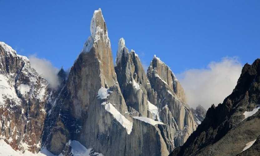 Серро-Торре  (Cerro Torre, 3128м)