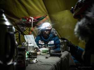 Зимняя экспедиция на Эверест Алекса Тикона: