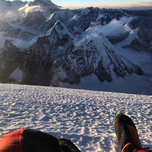 Йошт Кобуш (Jost Kobusch) в штурмовой попытке восхождения на Эверест. Фото Jost Kobusch