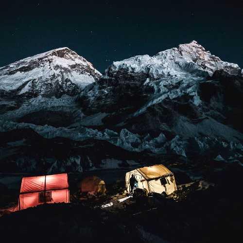 базовый лагерь Эвереста. Фото Jost Kobusch