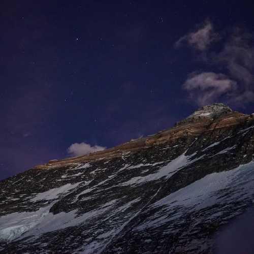 Кулуар Хорнбейна на западном гребне Эвереста. Фото Jost Kobusch