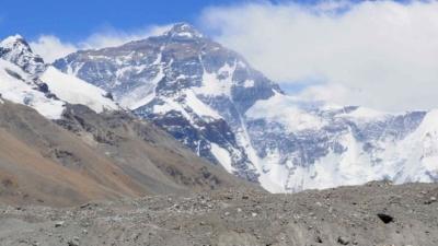 Китай закрывает Эверест в сезоне 2020 года!