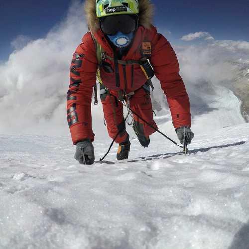 В восхождении на Западном гребне Эвереста. Фото Jost Kobusch