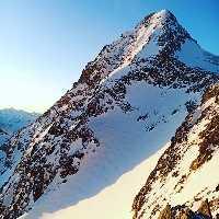 Никита Балабанов и Александр Якунин открывают новый маршрут на высочайшую вершину Австрии - гору Гросглоккнер. Фото Никита Балабанов и Александр Якунин