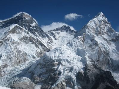 Непал закрывает Эверест и другие горные вершины страны!