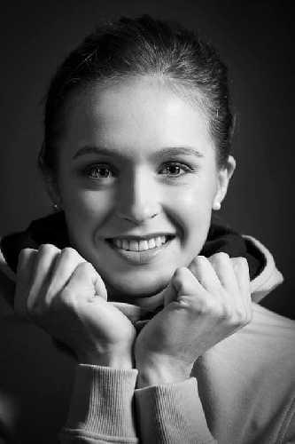 Джулия Шанорди (Julia Chanourdie)