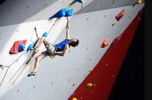 Международные соревнования по скалолазанию стартуют не ранее 30 июня