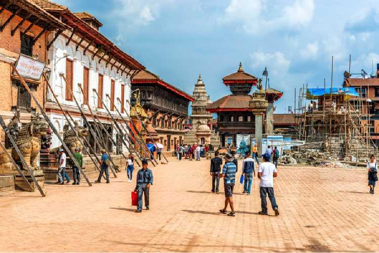 площадь Бхактапур Дурбар, объект Всемирного наследия ЮНЕСКО в долине Катманду, в октябре 2018 года.  Фото Marek Poplawski