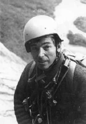 В возрасте 89 лет умер легендарный британский альпинист Джо Браун
