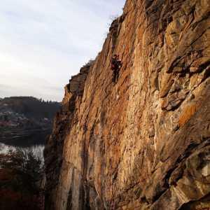 Адам Ондра открывает новый маршрут категории 9а+ в Чехии: