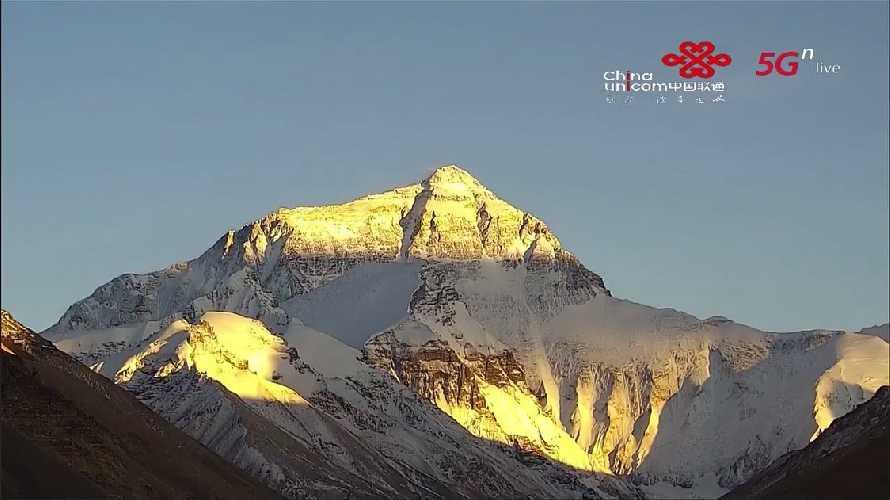 Вид на Эверест с северной, тибетской стороны