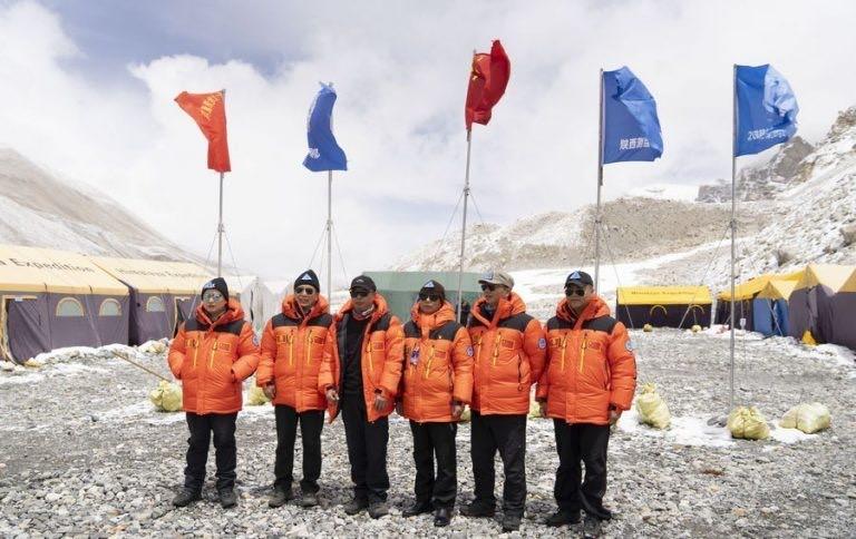 Китайская команда на Эвересте, весна 2020