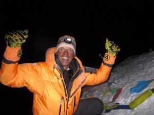 Симоне Моро планирует повторить траверс Эвереста без использования кислородных баллонов
