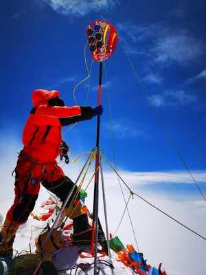 Расчет новой высоты Эвереста потребует не менее двух месяцев работы