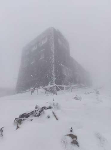 снег в Карпатах, 26 мая 2020 года. Фото Чорногірський гірський пошуково-рятувальний пост