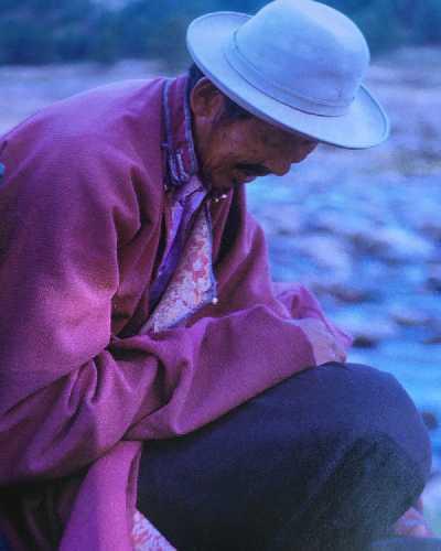 Бомбадорж, монгольский кочевник, с которым команда играла в шахматы и в честь которого и был назван итоговый маршрут . Фото Shawn Chartrand.