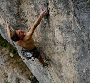 Роланд Хемецбергер повторяет исторический маршрут «Qui» категории 9а+
