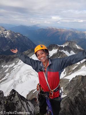 София Даненберг: первая чернокожая альпинистка, поднявшаяся на вершину Эвереста