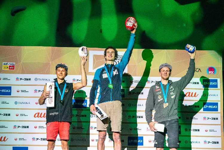 Алекс посвятил свой 2019 год соревнованиям, приняв участие в 17 международных соревнованиях, завоевав три медали, включая титул вице-чемпиона мира по скалолазанию в дисциплине сложность на соревнованиях в японском Хатиодзи