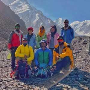 Первая афганская экспедиция на вершину высочайшей горы страны - пик Ношак