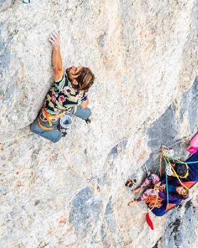 Нико Фавресс (Nico Favresse) и Себастьян Берт (Sébastien Berthe) на альпийской трилогии (The Alpine Trilogy) . Фото Damien Largeron