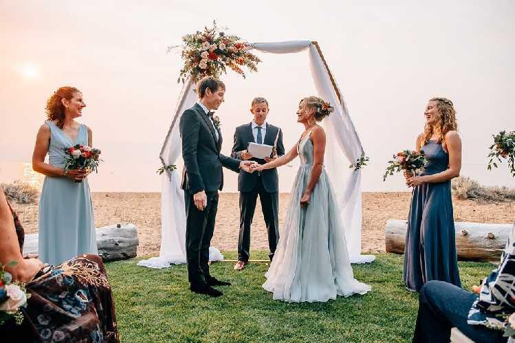 Свадебная церемония Алекса Хоннольда (Alex Honnold) и Санни Маккэндлесс (Sanni McCandless)