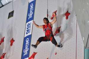 Китайские скалолазы установили новые не официальные мировые рекорды в дисциплине скорость