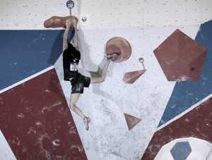 Одни из сильнейших скалолазок мира: Янья Гарнбрет и Миа Крампл отказались от участия в Чемпионате Европы в Москве