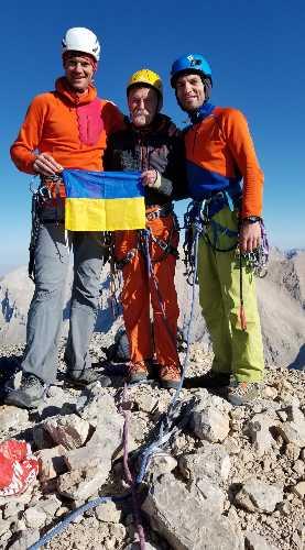 Михаил Фомин, Виталий Тодоренко и Игорь Чаплинский на вершине горы Калде