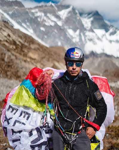 Нирмал Пурдж (Nirmal Purja) - атлет команды Red Bull