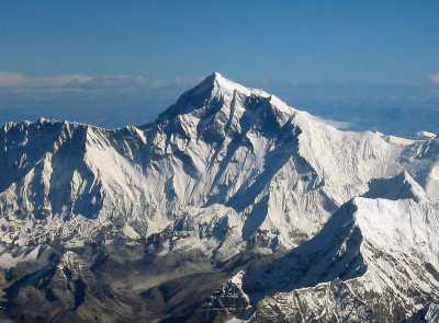 Эверест стал выше на 86 сантиметров!