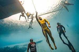 Фрідайвери б'ють світові рекорди і ведуть круті інстаграми