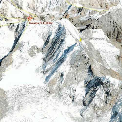 пик  Куюнжа-Ри II (Kyungya Ri II) высотой 6506 метров.