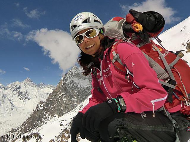 Герлинде Кальтенбруннер (Gerlinde Kaltenbrunner) в экспедиции