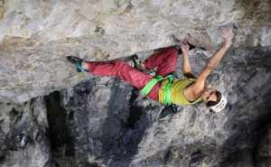 Впервые в истории скалолазания: Ангела Эйтер открывает новый маршрут категории 9b
