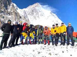 Международная команда SST планирует открыть маршрут к вершине К2 после 14 января