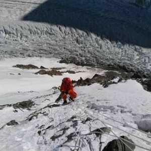 Зимние экспедиции на восьмитысячник К2: ослабление ветра позволяет продолжить восхождение