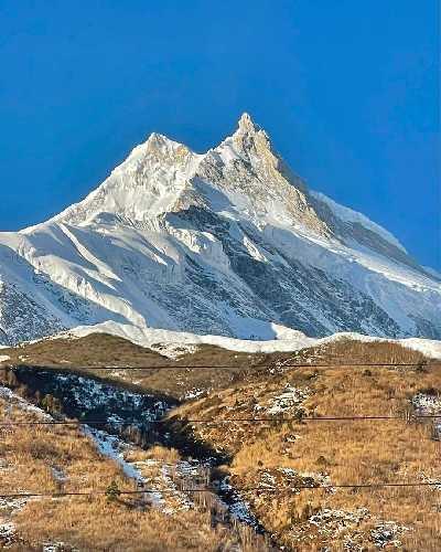 восьмитысячник Манаслу (Manaslu, 8156 м)- восьмая по высоте вершина мира. Фото Simone Moro
