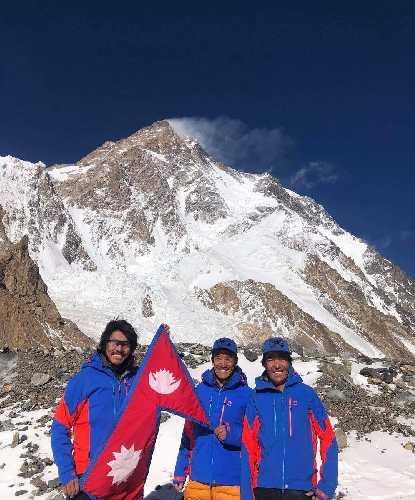Непальская команда Мингмы Шерпы