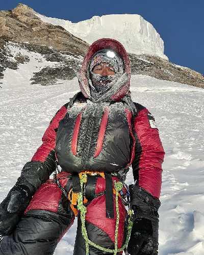 Нирмал Пурджа (Nirmal Purja) на подходе к восьмитысячнику К2 без кислородной маски. 16 января 2021