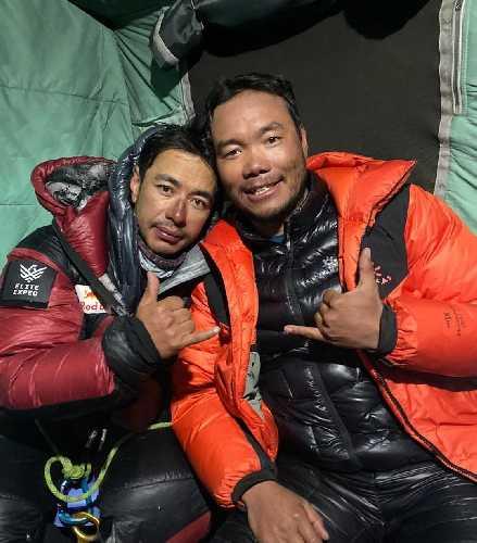 Нирмал Пурджа в базовом лагере К2 после спуска с вершины