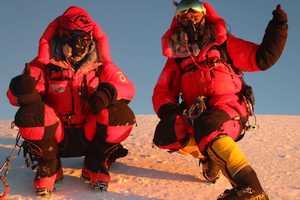 Восхождение зимой на К2: между вызовом по рации и адским холодом