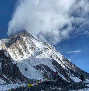 Зимние экспедиции на восьмитысячник К2: два альпиниста получили серьёзные обморожения